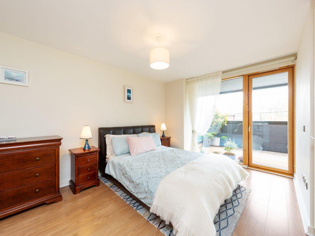 3 Maple Hall - Master bedroom