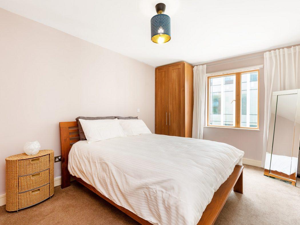 416LongboatQuayNorth-4-bedroom