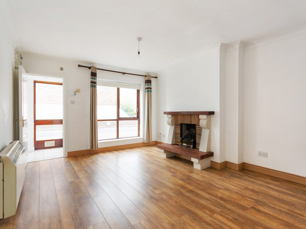 47 Glenmalure Square - Living Room