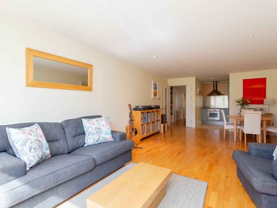 59 Milltown Hall - Living room 2
