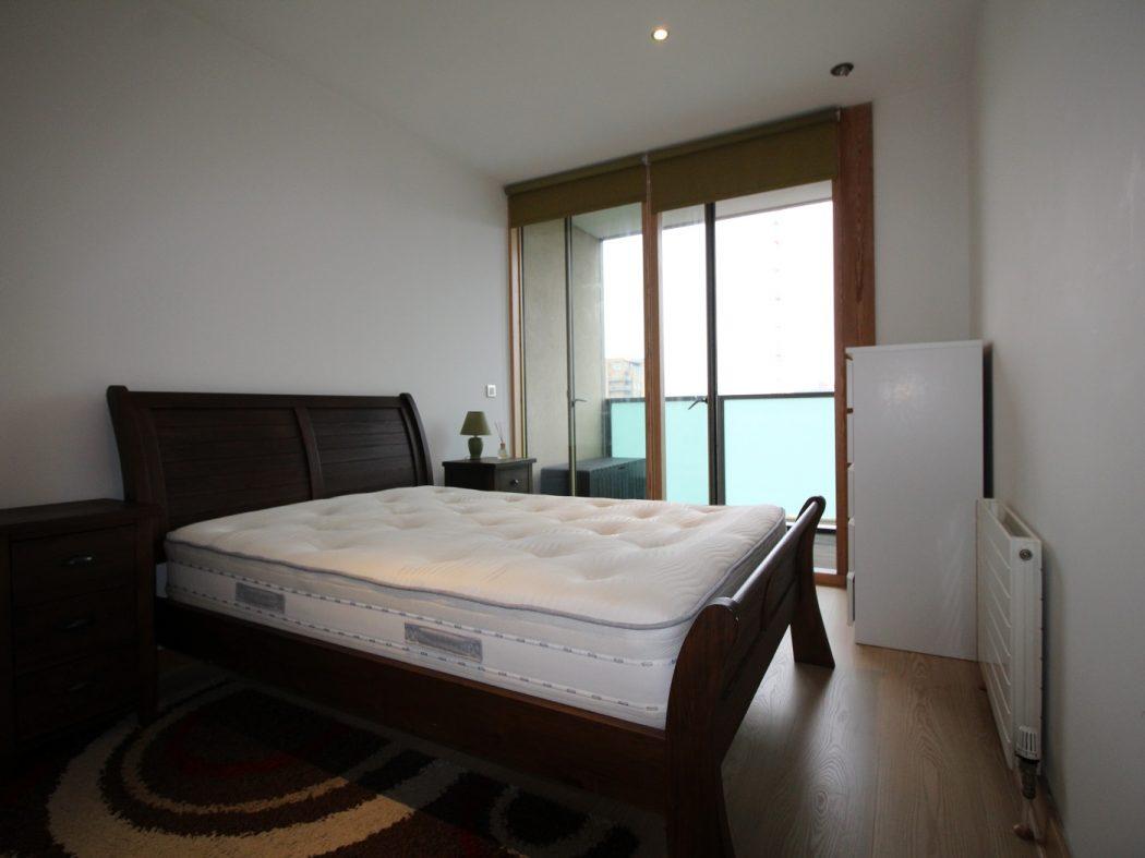 66 Pakenham House - Master bedroom