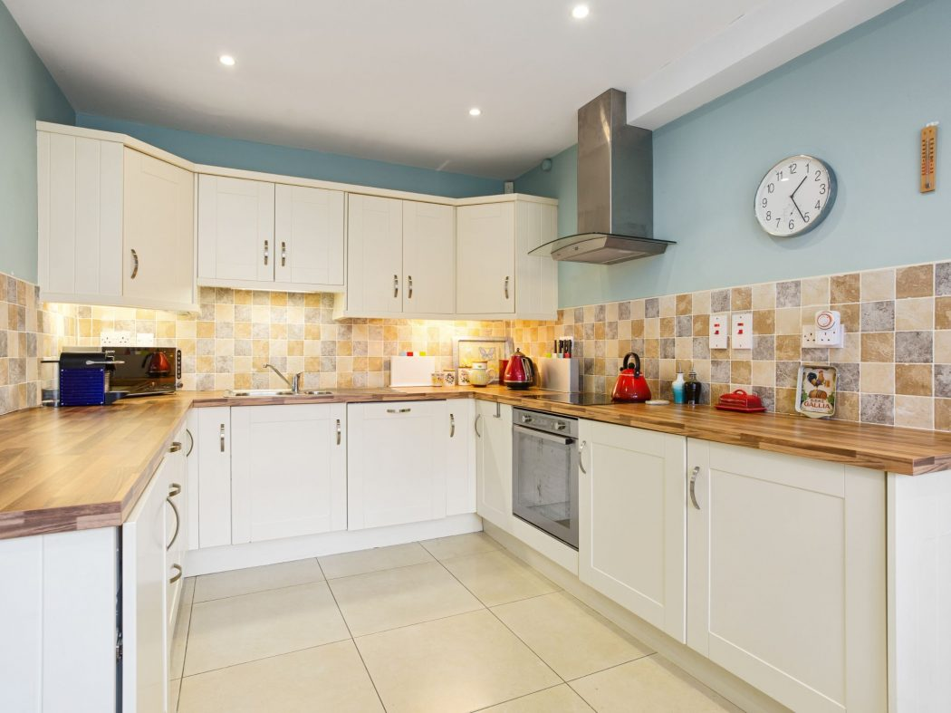 7 Milltown Court - Kitchen