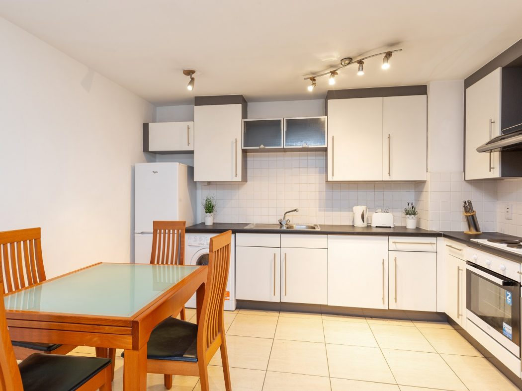 8 Sauls Court - Kitchen-Dining room