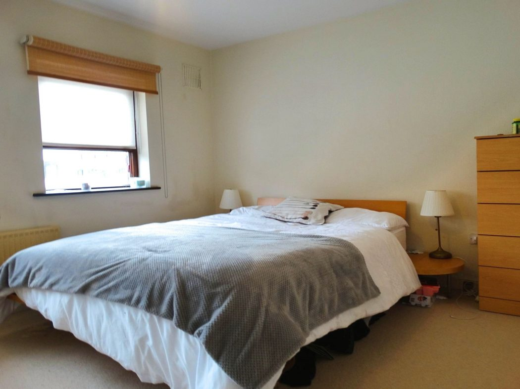 11 Nutley Square - Bedroom