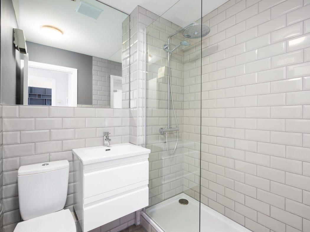 221 The Camden -Bathroom
