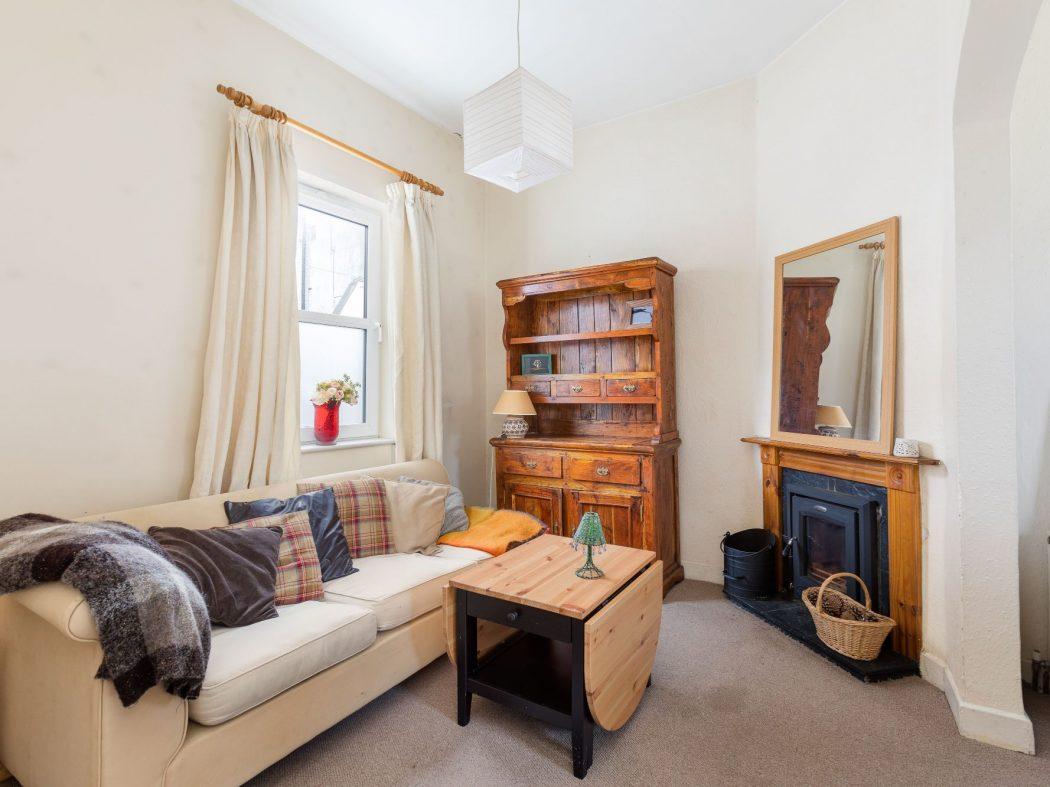 7 Greenmount Lane - Living room