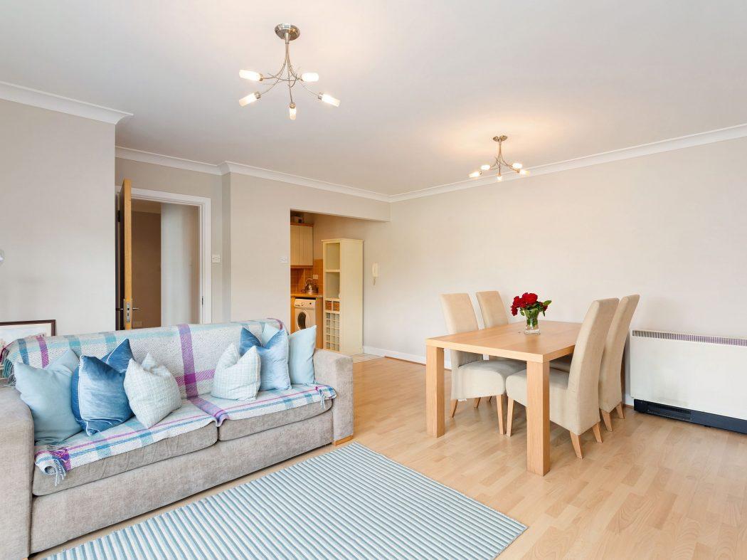 2 Carmichael - Living room