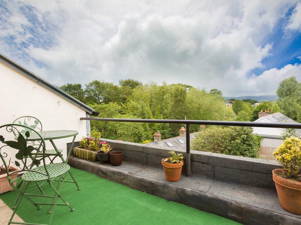 20 Milltown Hill - Balcony1
