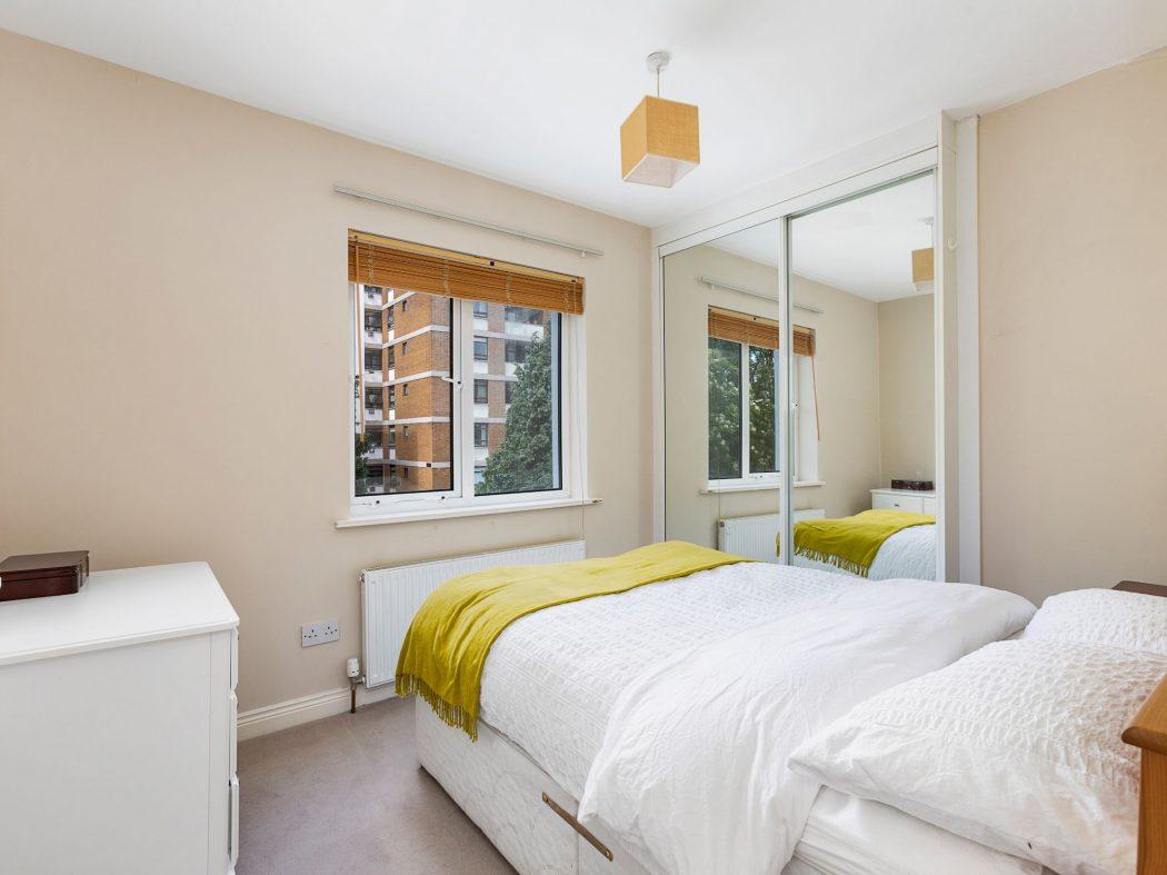 31 Millbrook Village - Bedroom