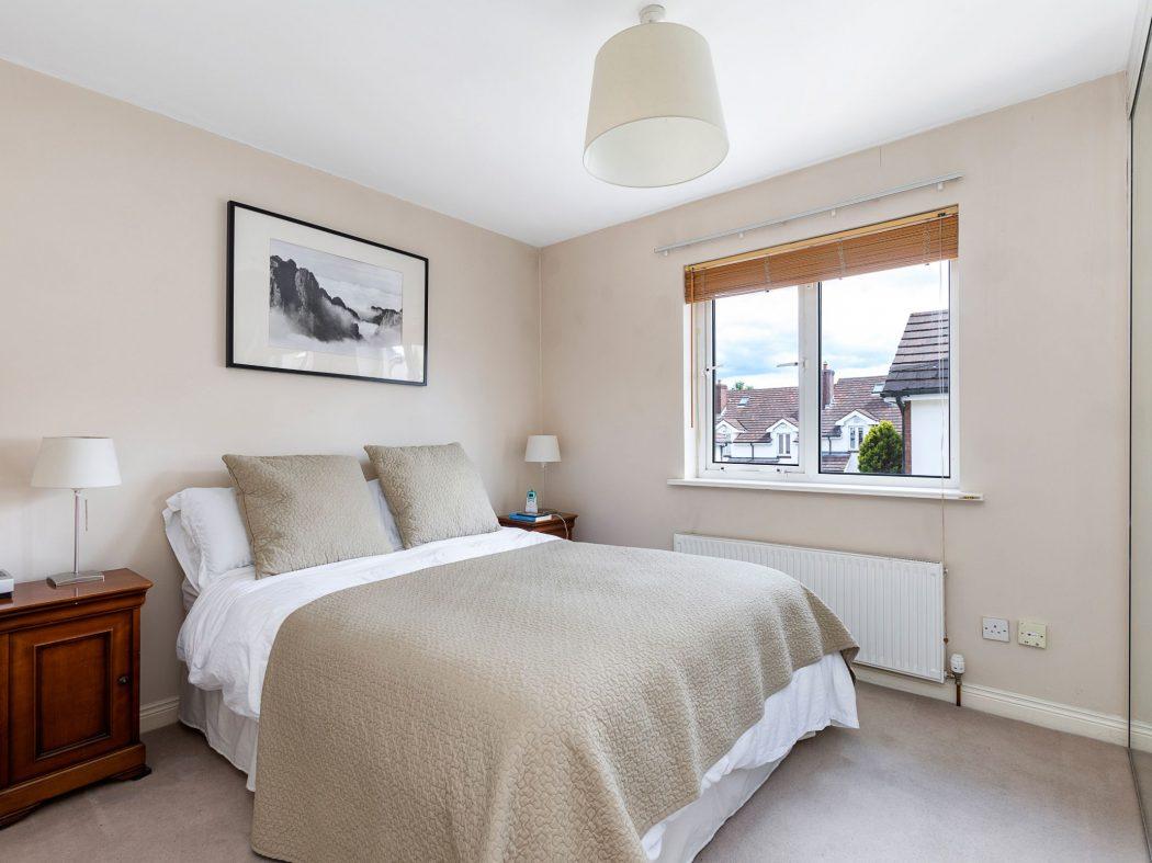 31 Millbrook Village - Master bedroom