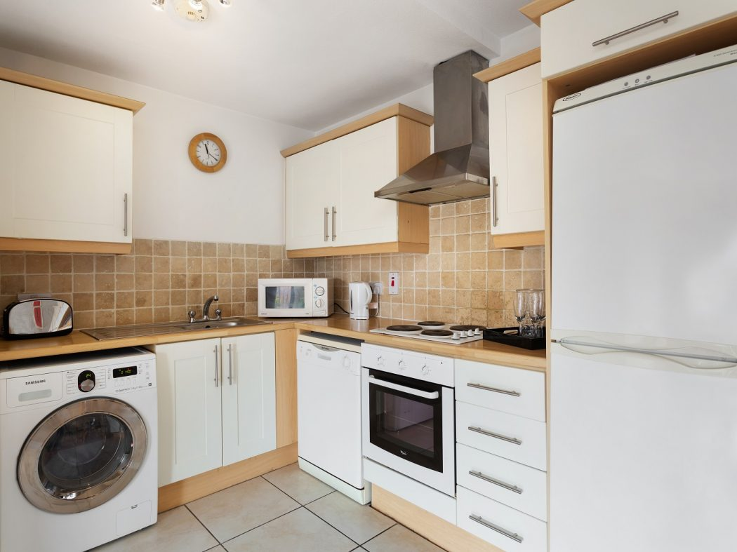 61 Shelbourne Park - Kitchen