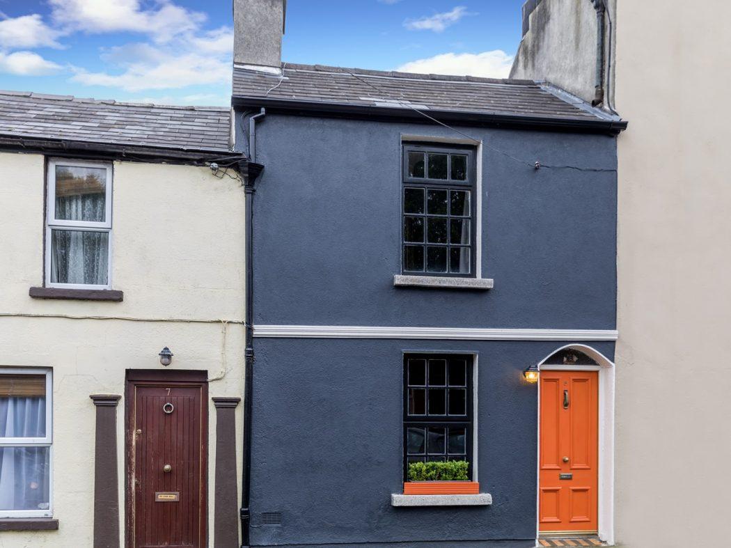 8 Lennox Place - Exterior