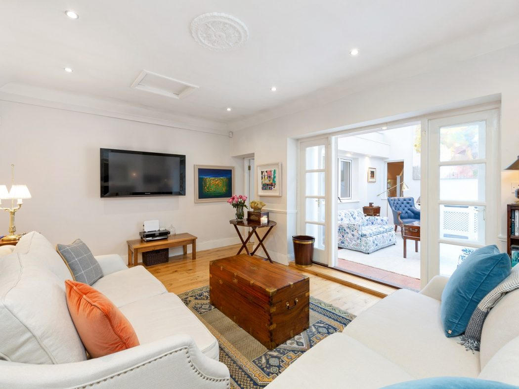 1 Faulner's Terrace - Lounge bottom to sunroom