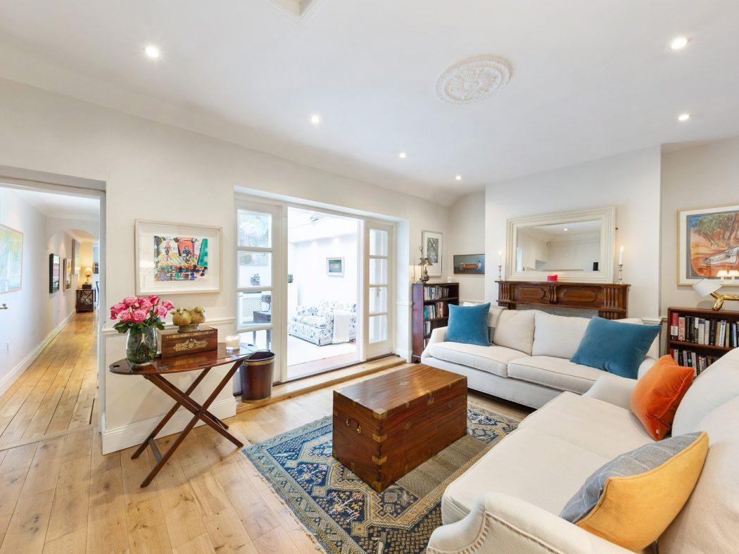 1 Faulner's Terrace - Lounge top