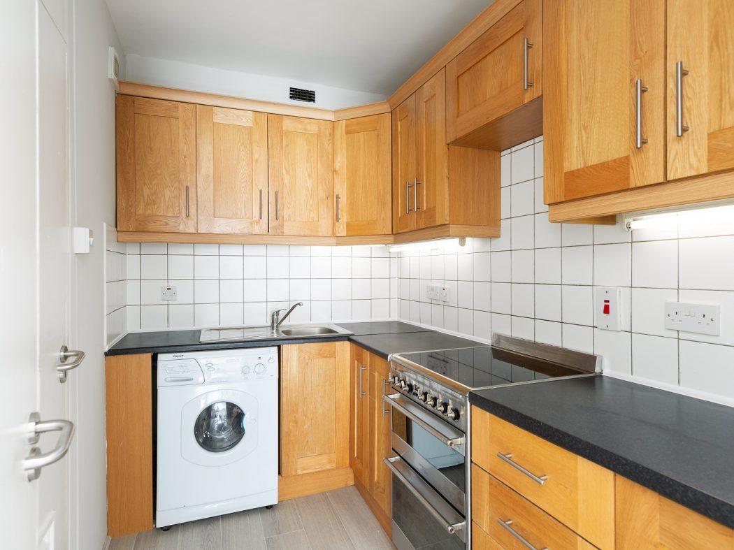 11 HC - Kitchen