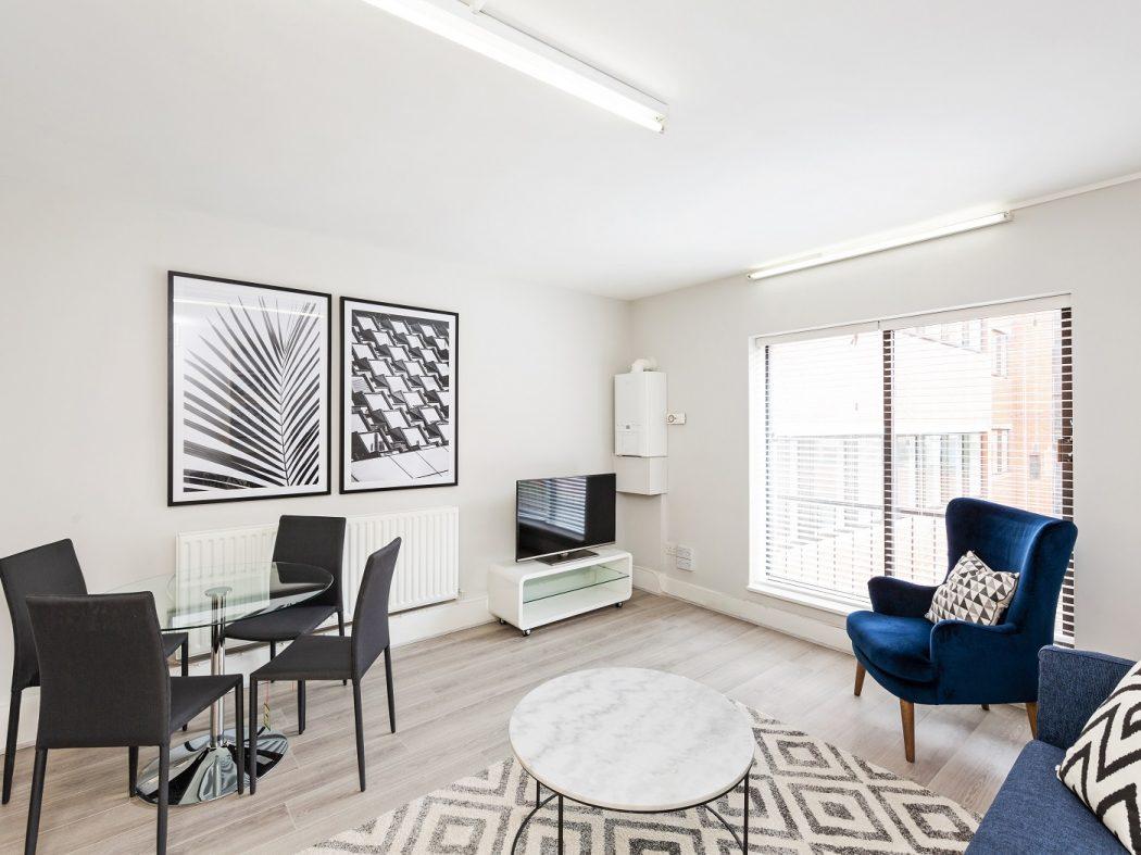 11 HC - Living-Dining room