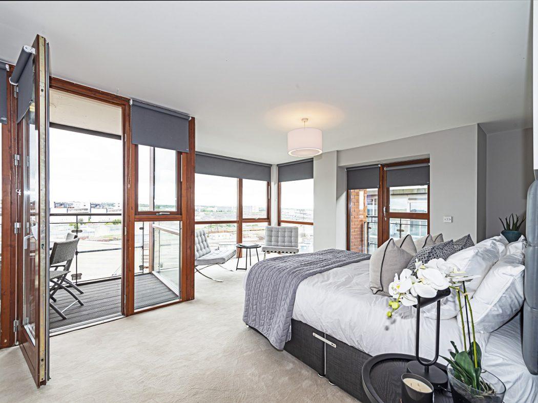 12 Bedroom