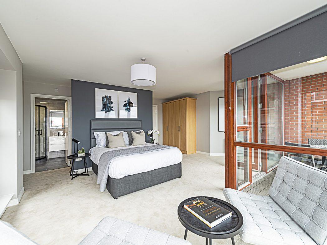 14 Bedroom