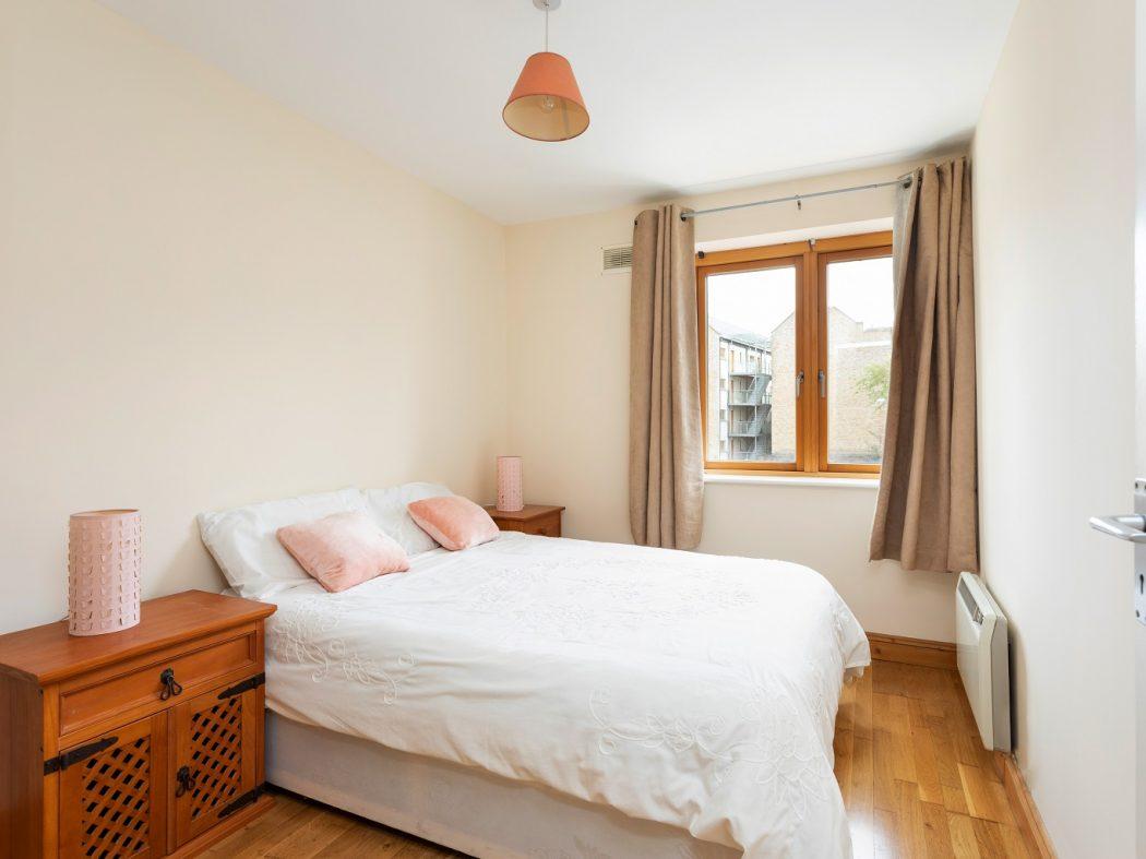 149 Bellevue - Bedroom 1