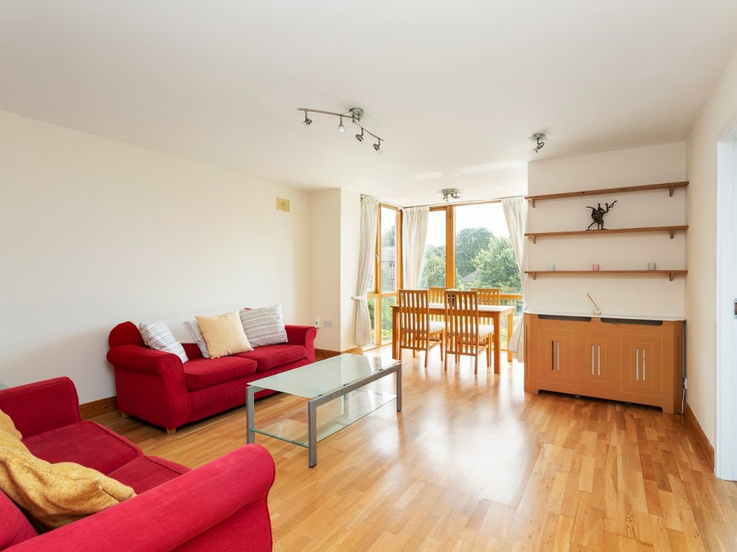 149 Bellevue - Living, dining room