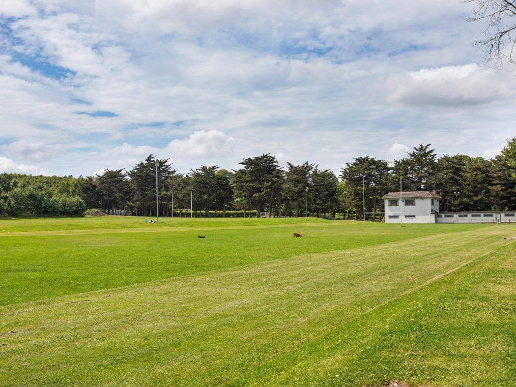 149 Bellevue - War memorial playing fields