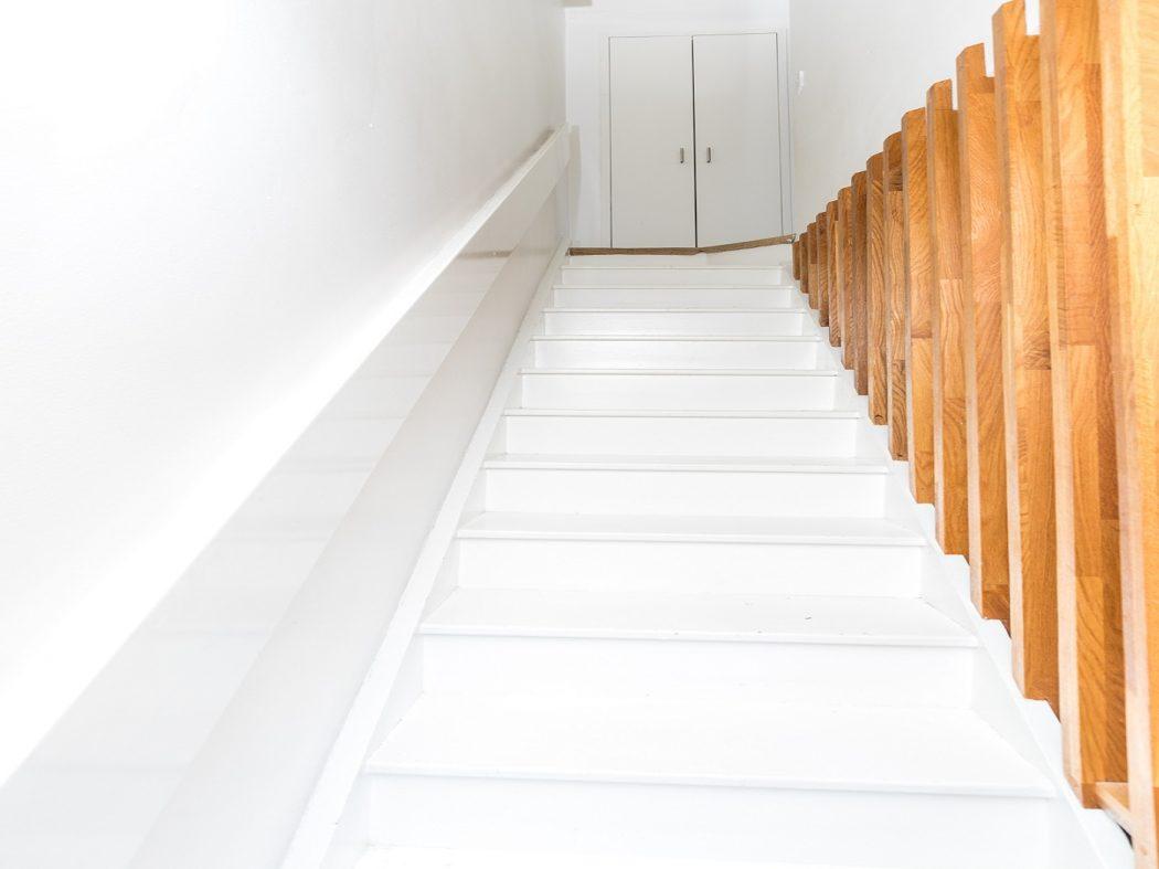 22a Bath Street stairs
