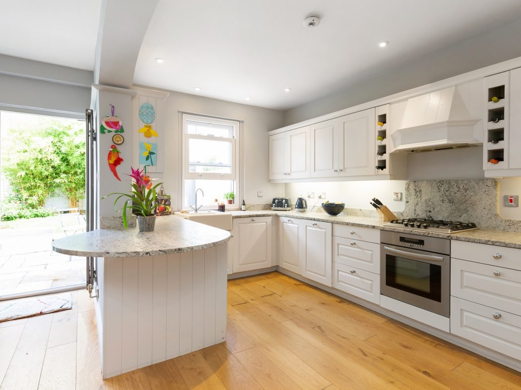 3 Windsor Tce - Kitchen