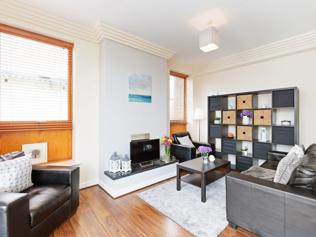 64 Beresford - Living room 2