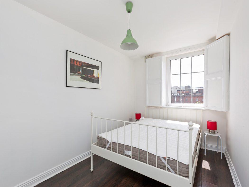 73 Bachelors Walk Apartments - bedroom 1