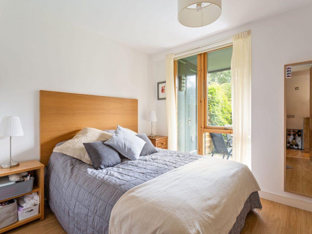 14 Richmond Hall - Bedroom