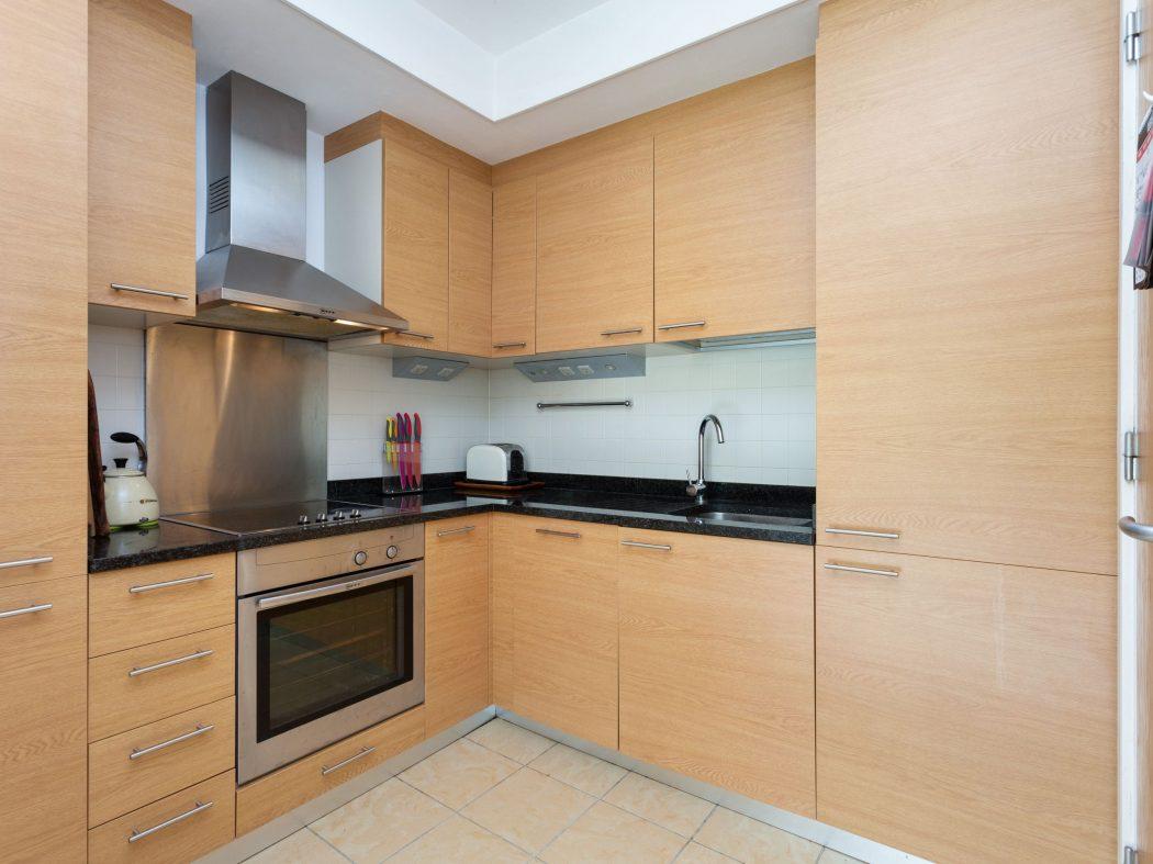 14 Richmond Hall - Kitchen