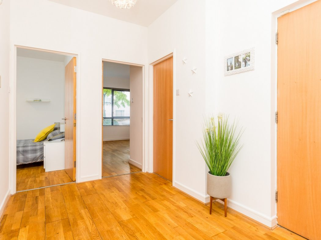 165 Skellig - Hallway