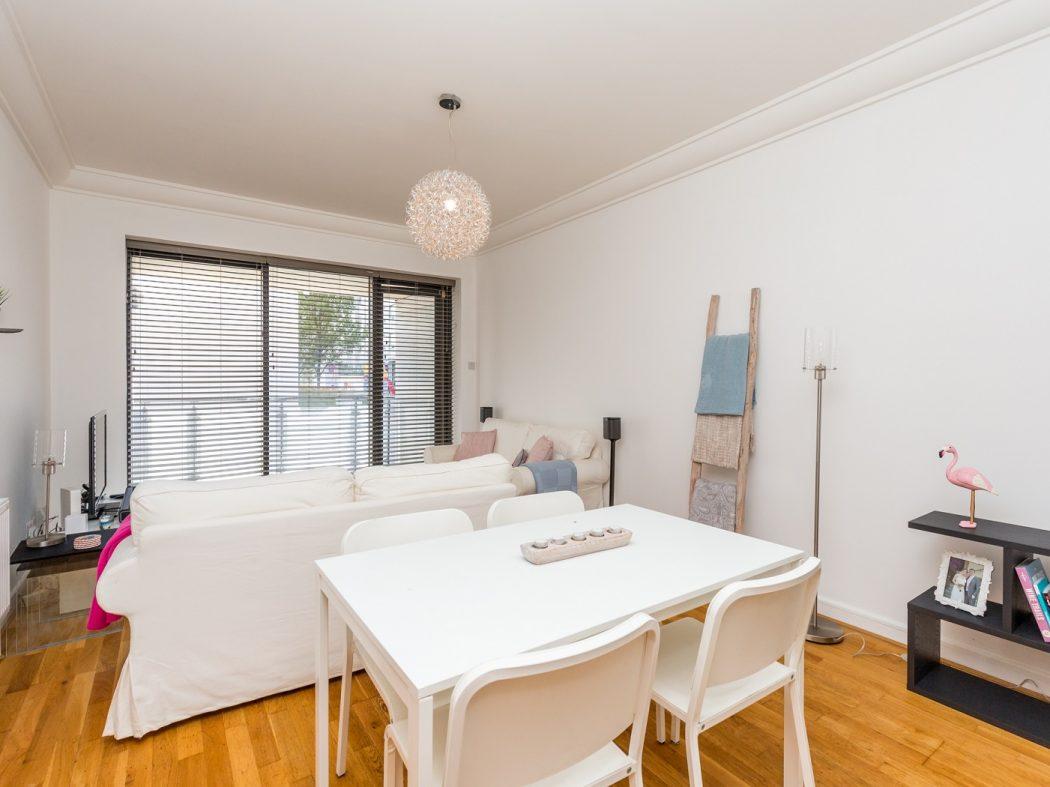 165 Skellig - Living-Dining room