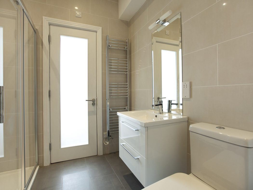 20 Redmond Hill - Bathroom
