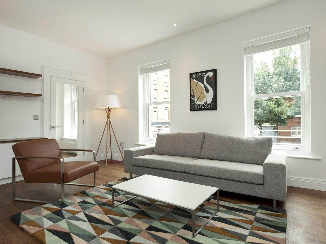 20 Redmond Hill - Living Room