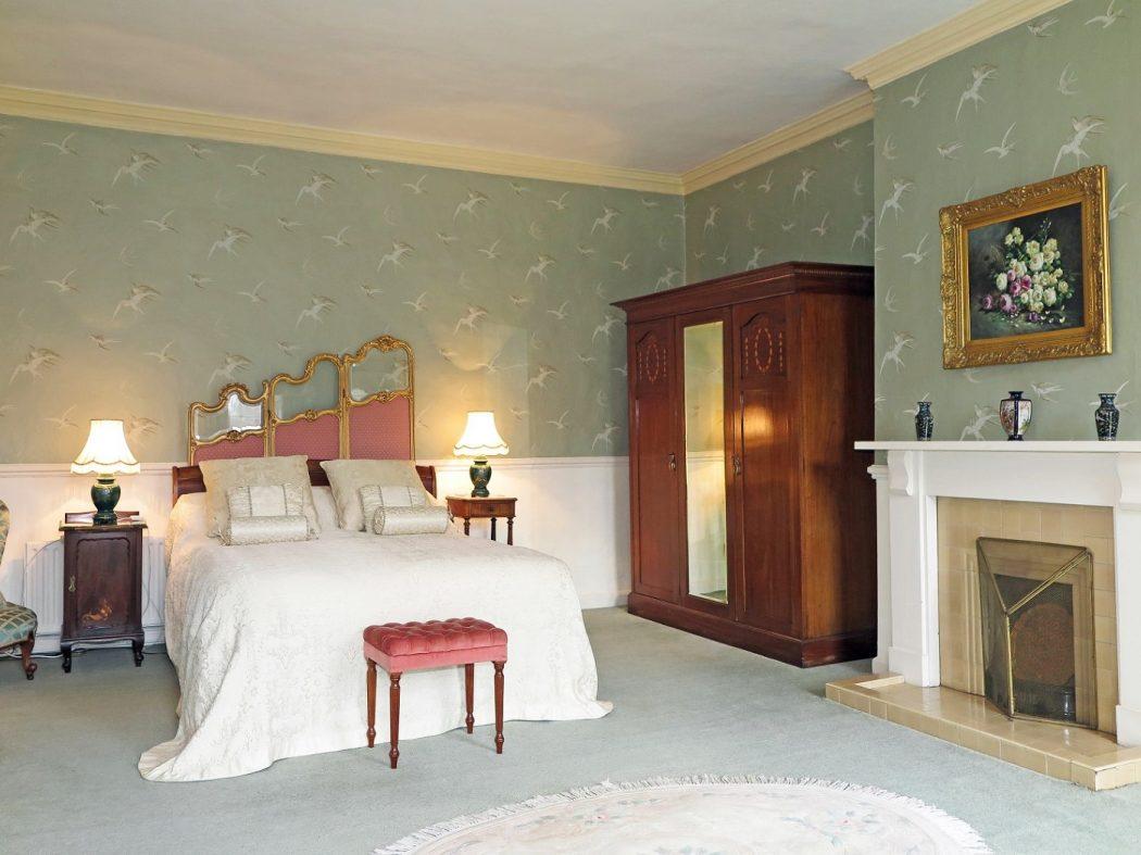 26 bedroom 1 bed