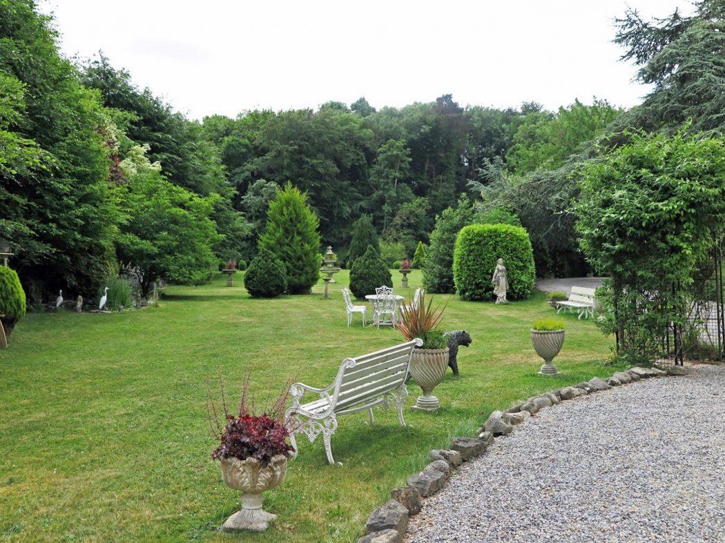 40 front garden (3)