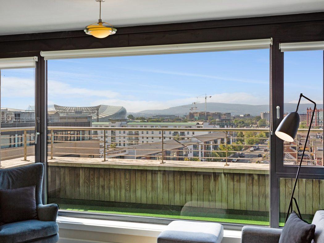 508 Shelbourne Plaza - Living room
