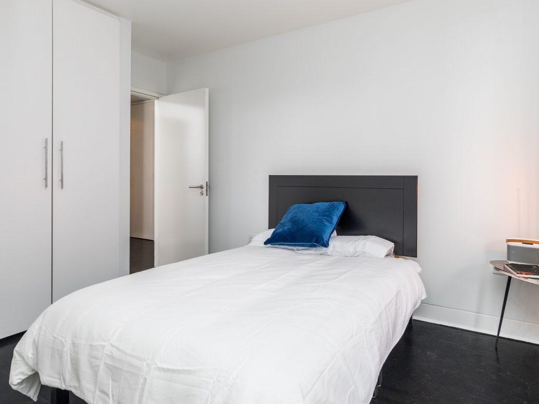7CQ - Bedroom
