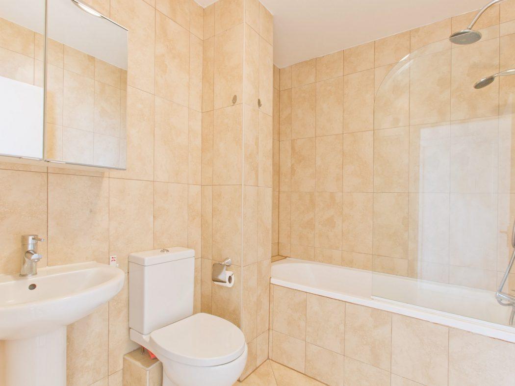 145 TJ - Bathroom (Owen Reilly's conflicted copy 2019-09-03)