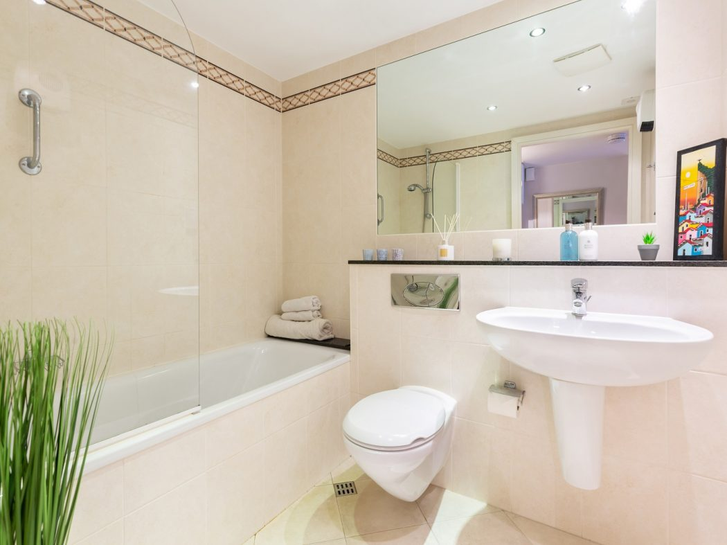 415 SLQ - Bathroom 2