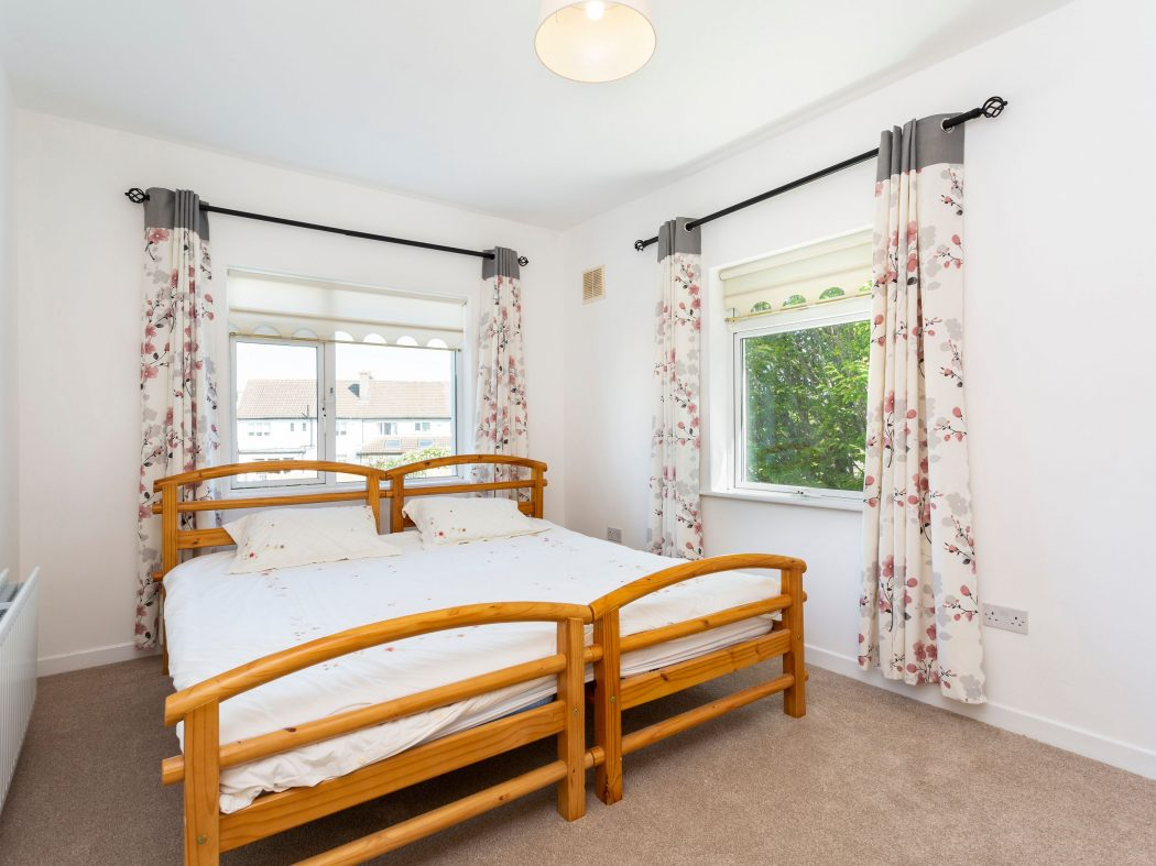 7B Drummartin Road - Master bedroom