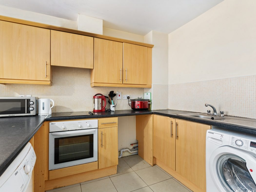 20B Cameron Court - Kitchen
