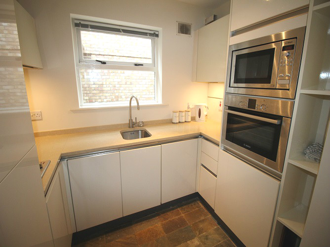 26 Haddington Square - kitchen 2