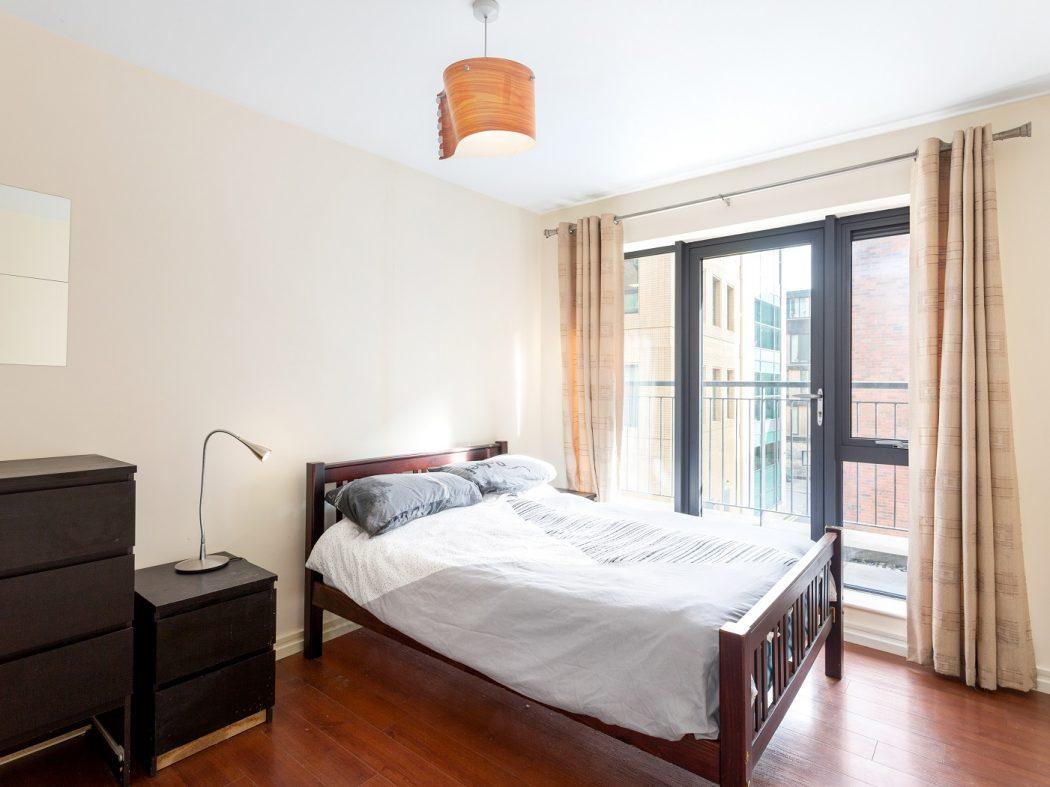 54 GS - Bedroom