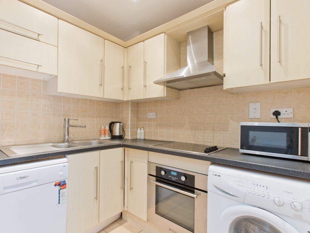 113 New Row Sq - Kitchen