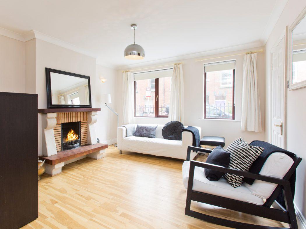 113 New Row Sq - Sitting room