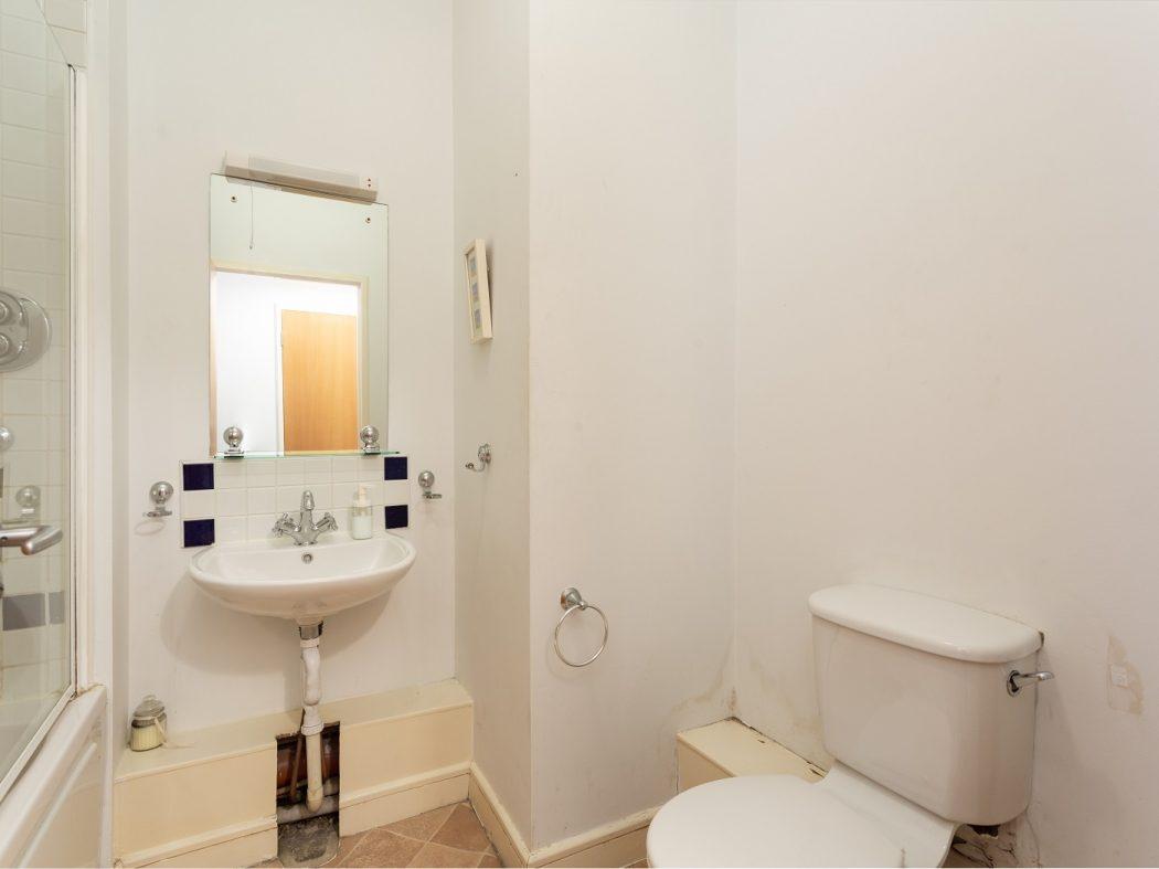 147 SH-Bathroom