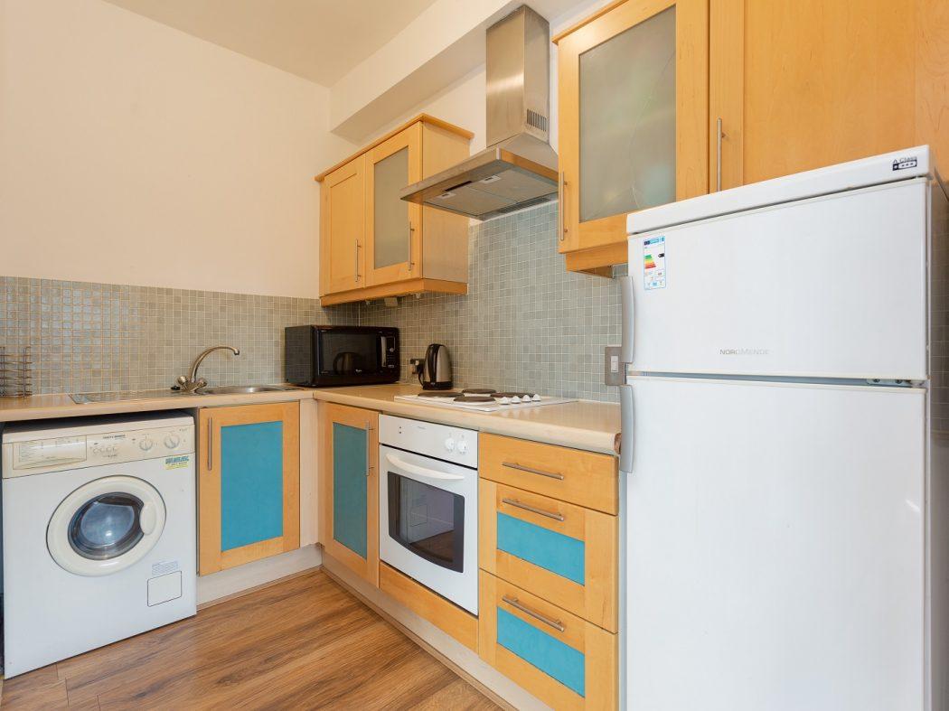 147 SH-Kitchen