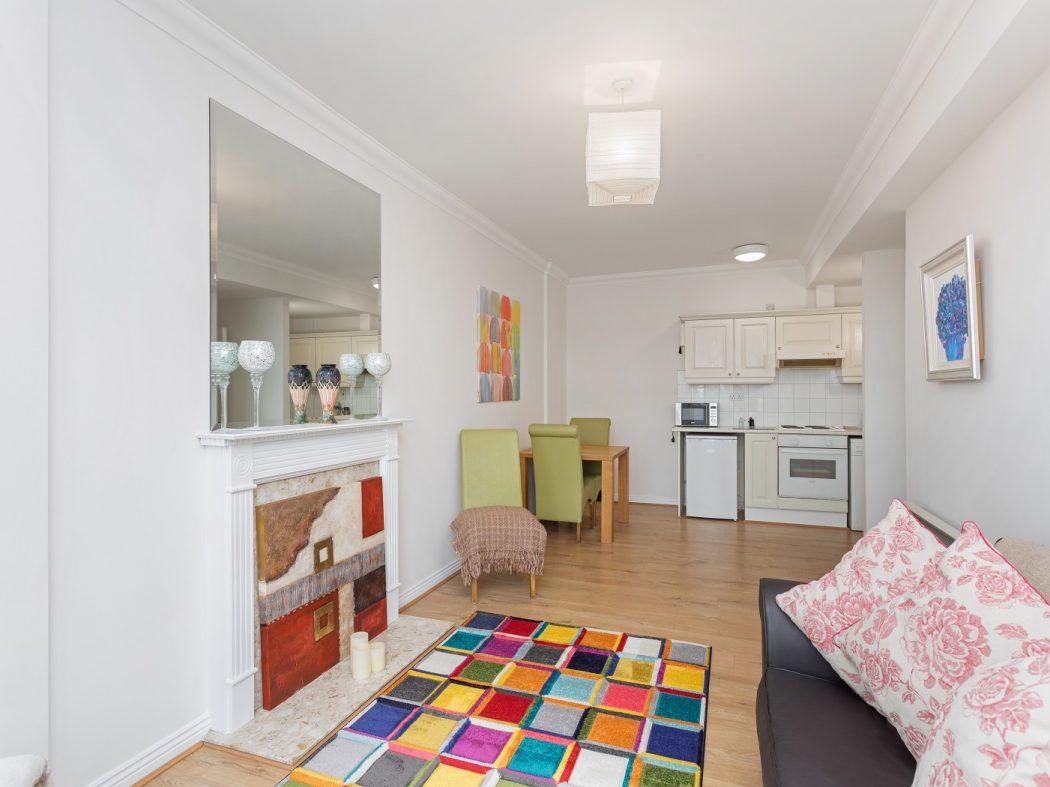 181 WS - Living-Dining room